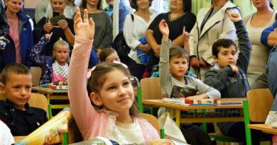 Zahájení školního roku v Žatci. Snímky Libor Želinský