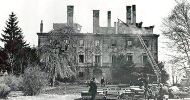 Zapomenutá dramata: zámek začal hořet uprostřed noci. Spalo v něm osmdesát dětí